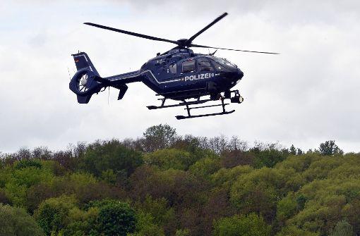 Polizei sucht mit Hubschrauber nach bewusstloser Frau