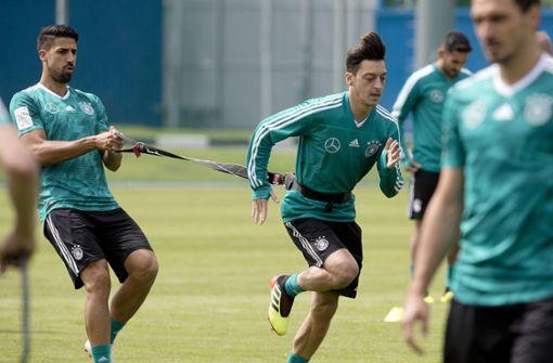 Was passiert mit Sami Khedira und Mesut Özil?
