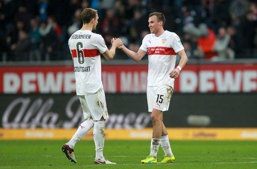 Kevin Großkreutz (re. ) und Georg Niedermeier: Zwei Garanten für den Aufschwung beim VfB Foto: dpa