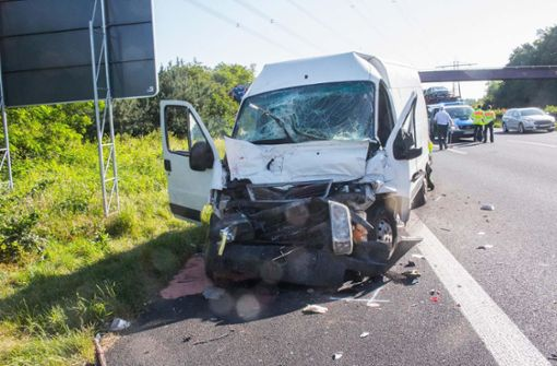 Schwerer Unfall mit vier Verletzten