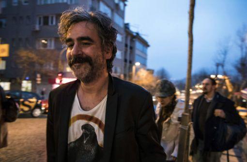 Yücel bedankt sich in einem Video bei seinen Unterstützern