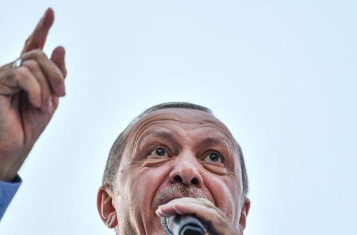 Erdogan verspricht freie und faire Wahlen am Sonntag