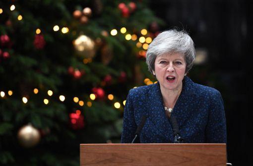 Premierministerin Theresa May warnt vor Führungswechsel