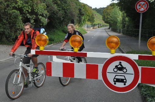 Sonntags ist die Hofener Straße den Radfahrern und Inlinern vorbehalten, für Autos ist sie gesperrt – das soll auch so sein, wenn die nahegelegene Aubrücke saniert wird. Foto: Linsenmann