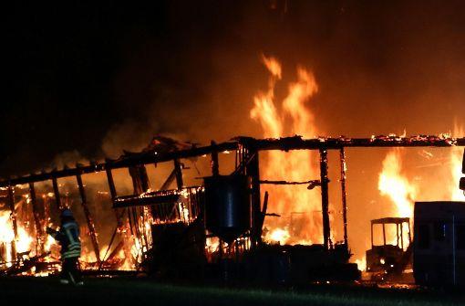Brand in Schule und brutaler Übergriff