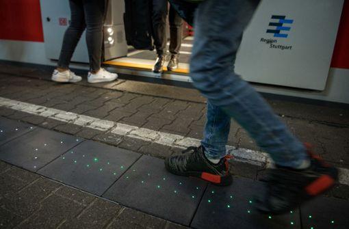 21-Jähriger greift Minderjährigen in S-Bahn an
