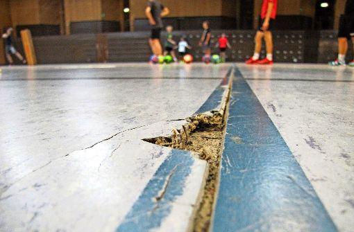 Stadt muss den Boden der Hegel-Sporthalle erneuern