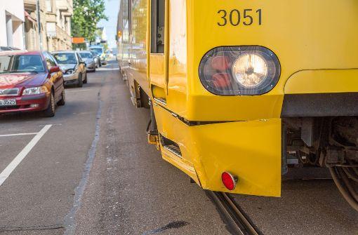 In diesem Jahr gibt  es bereits mehr als 30 Kollisionen zwischen Pkw und Stadtbahnen mit 34 teils schwer verletzten  Personen. Foto: 7aktuell.de/Simon Adomat