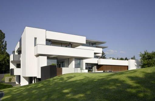 2009 für den Mies van der Rohe Award nominiert: Stuttgarter Villa Haus am oberen Berg von Alexander Brenner  Foto: Zooey Braun