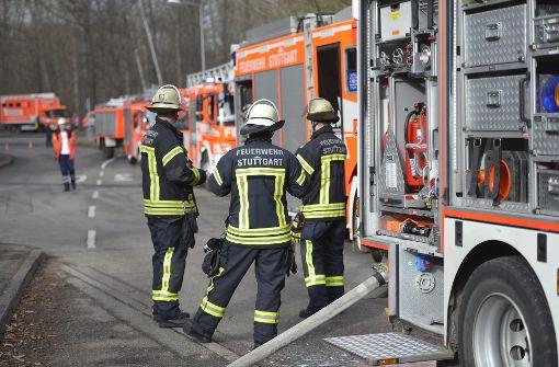 Ein Brand in einer Tiefgarage in Stuttgart-Asemwald hat am Dienstagvormittag einen Großeinsatz der Feuerwehr ausgelöst. Foto: 7aktuell.de/Oskar Eyb