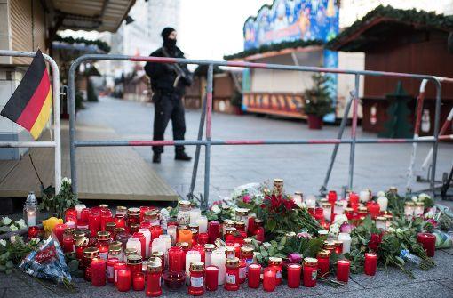 Wer ist für den Anschlag auf den Berliner Weihnachtsmarkt verantwortlich? Die Behörden ermitteln unter Hochdruck. Foto: dpa