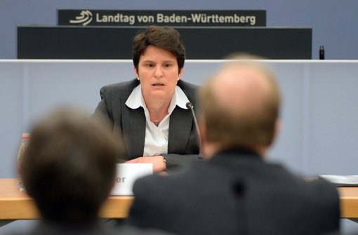 Tanja Gönner vor dem U-Auschuss zum Schwarzen Donnerstag. Foto: dpa