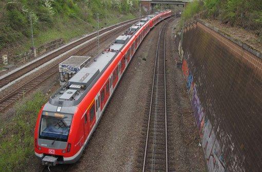 S Bahn Verkehr Gestort Nach Blitzeinschlag Einschrankungen Bei Der