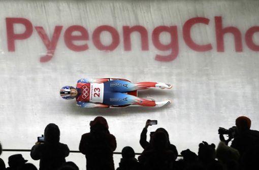 Emily Sweeney ist beim Rodel-Finale in Pyeongchang schwer gestürzt. Foto: AP