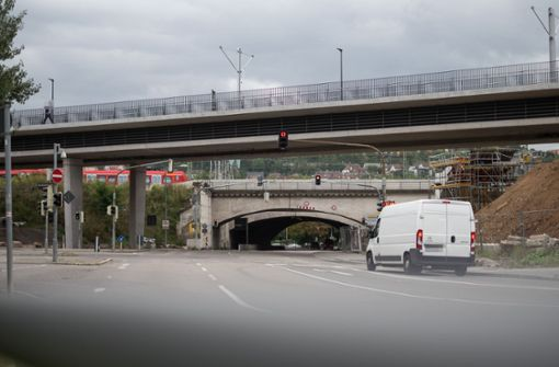 Wolframstraße während Brückenabbruch gesperrt