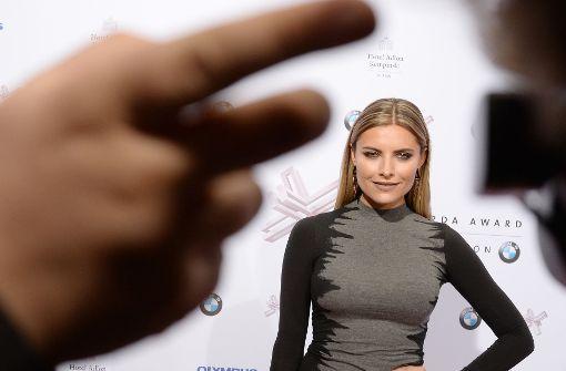 "Sophia Thomalla lässt sich ""kreuzigen"""