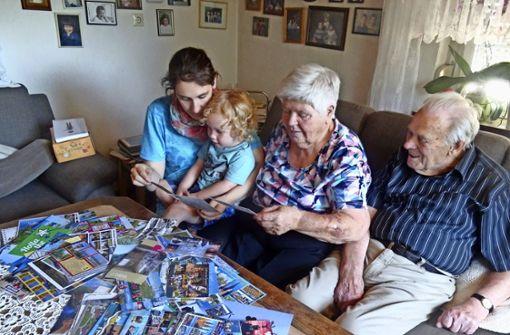 Ehepaar aus Bernhausen bekommt 1600 Postkarten