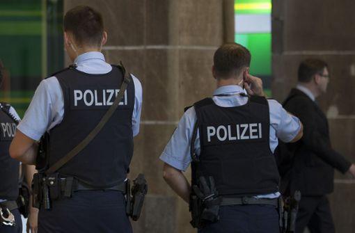 Polizei geht auf Wohnungssuche