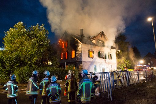 Brand in zukünftiger Asylantenunterkunft Unterweissach Foto: Benjamin Beytekin