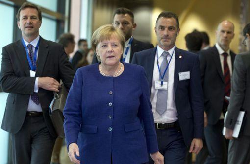 Angela Merkel sucht schnelle Notlösung im Asylstreit