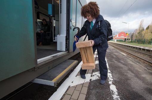 Verkehrsminister schlägt erneut Hybrid-Bahnsteige vor