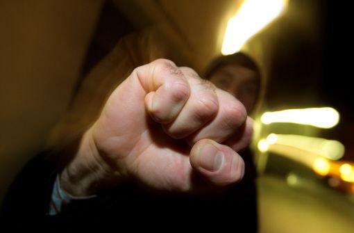 19.6.: 16-Jährigen brutal verprügelt