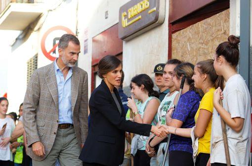 Felipe und Letizia besuchen Unglücksregion
