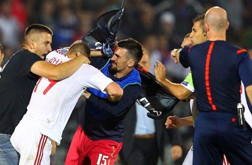 3:0 für Serbien, aber drei Punkte weg