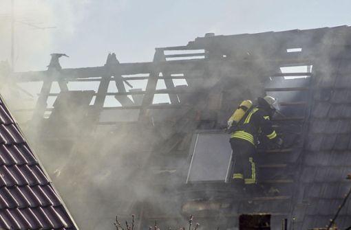 Pommes gemacht - Haus in Flammen