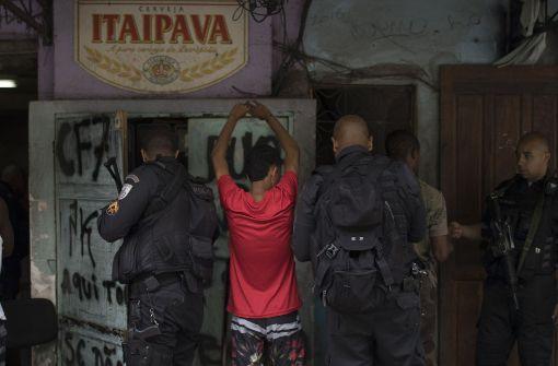 Militär rückt in Favela ein