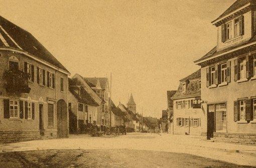 Ein Blick in die Glemsgaustraße vom heutigen Löwenplatz aus. Foto: Heimatkreis Weilimdorf