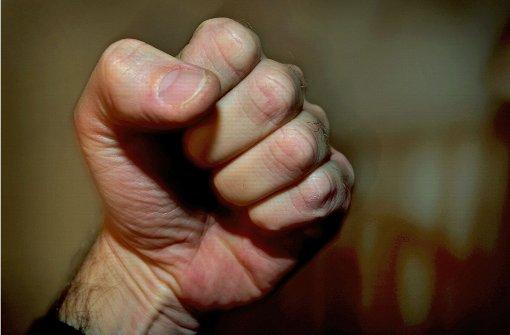 36-Jähriger bedroht Frau und landet in U-Haft