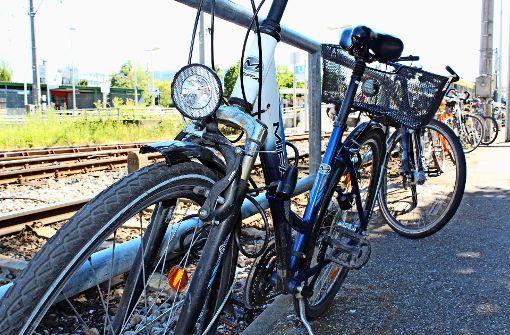 Im Alltag fallen Radfahrer oft gar nicht mehr auf – wie viele aber tatsächlich unterwegs sind, zeigen die Zahlen der Fahrrad-Zählstelle in Kaltental. Foto: Jacqueline Fritsch