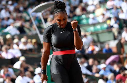Serena Williams sorgt mit Catsuit für Aufsehen