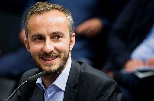 Jan Böhmermann sticht Nationalspieler aus