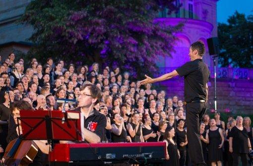 Sänger werfen Auge auf die Villa Berg