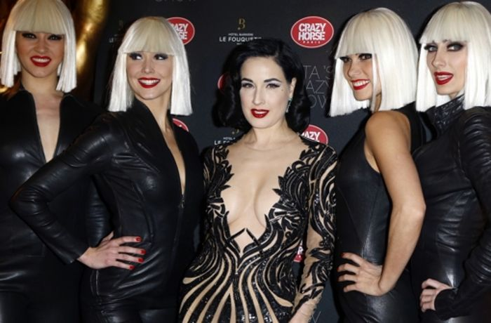"Burlesque in Paris: Dita von Teese zeigt ""Crazy Show"""