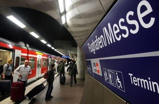 Noch fahren nur S-Bahnen unter dem Flughafen. Zum neuen Filderbahnhof sollen künftig auch ICEs   Foto: Piechowski
