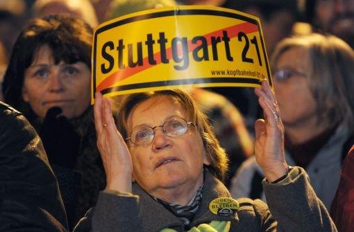 Stuttgart 21 - das Milliardenprojekt ist wegen der Mehrkosten umstrittener denn je. Foto: dpa