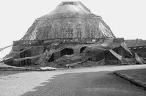 Zur Abwehr der alliierten Luftangriffe im Zweiten Weltkrieg gehörte auch die Tarnung des Schlosses Solitude. Klicken Sie sich durch weitere Bilder der Anlagen aus dem Zweiten Weltkrieg. Foto: StN