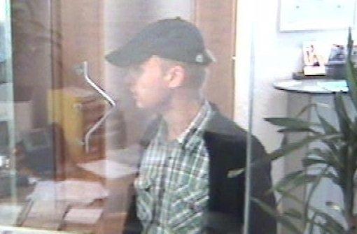 Bewaffneter überfällt Bank in Winterbach