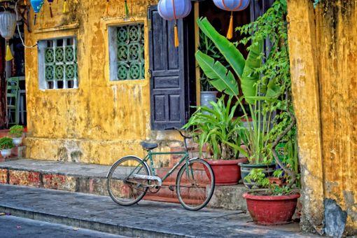 Hoi An – diese bunte Strandstadt macht glücklich und gehört bei einer Radreise durch Vietnam unbedingt dazu.   Foto: Pixabay