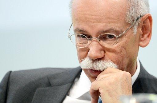 Der Daimler-Aufsichtsrat hat den Vertrag von Vorstandschef Dieter Zetsche überraschend nur um drei Jahre verlängert. Foto: dpa