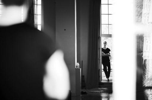 .. hier gesehen von Steffen Schmid. Als erste öffentliche Kunstinstitution zeigt nun die Ruoff -Stiftung in Nürtingen eine Bestandsaufnahme der Fotoarbeiten Novitzkys . . .  Foto: Steffen Schmid
