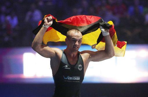 Freude pur: Frank Stäbler nach seinem WM-Sieg. Foto: AP
