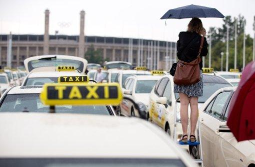 Taxifahrer gehen auf die Straßen