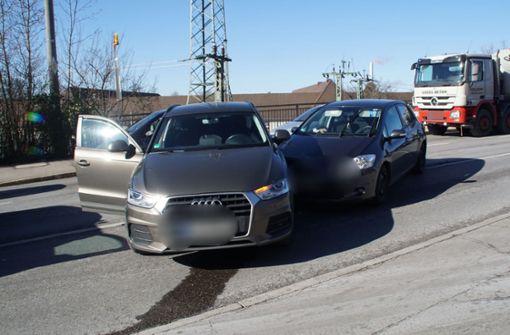 Bei dem Unfall entstanden rund 15.000 Euro Schaden. Foto: SDMG