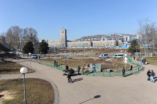 Laut Bahn sind die Baumfäll- und Baumverpflanzungsarbeiten im Stuttgarter Schlossgarten beendet.br Foto: www.7aktuell.de/Oskar Eyb