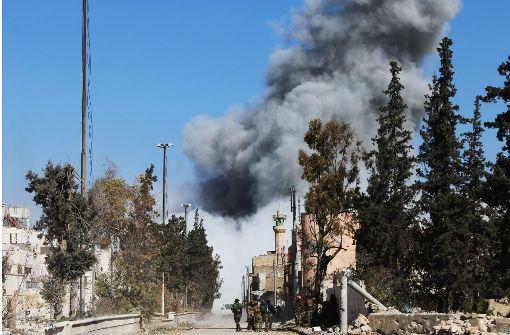 Mindestens 60 Tote bei Autobombenanschlag