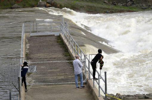 Oroville-Staudamm soll neuen Regenfällen trotzen